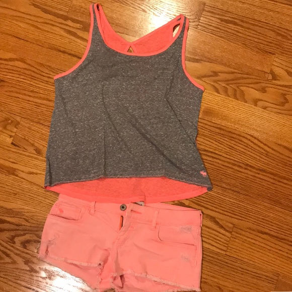 abercrombie kids Pants - Coral Abercrombie shorts perfect for summer!